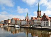 Billige Flüge Nürnberg Lübeck, NUE - LBC