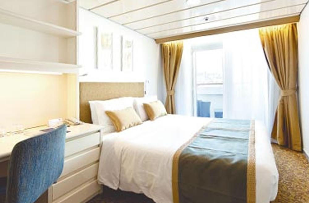 Deck cubierta 5 vom schiff horizon pullmantur for Badezimmer 16m2