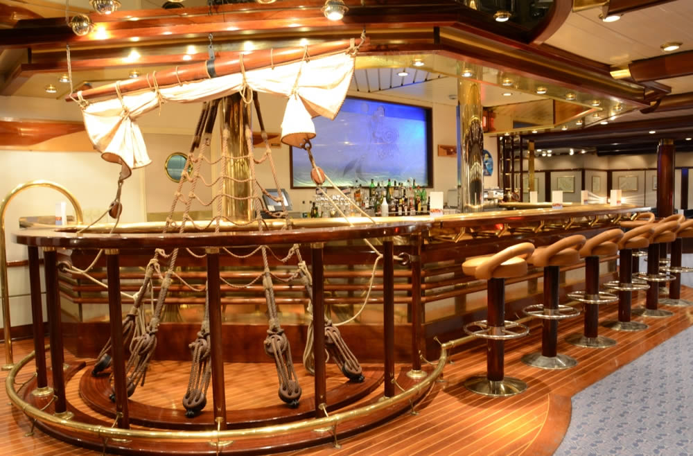 Clipper Restaurant And Bar