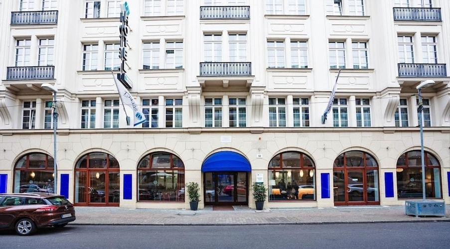 Select Hotel Berlin Checkpoint Charlie Berlin Ab 47